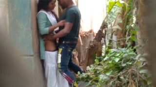 Village college girl fucked outdoors by BF