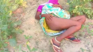 Bihari village aunty fucked in open fields
