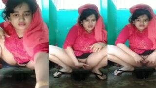 Cute Muslim village girl fingering pussy