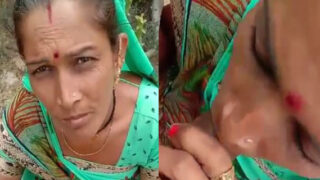 Local village Randi Bhabhi giving blowjob outdoors