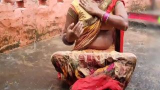 Real Indian village Bhabhi homemade XXX video